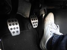 長時間ドライブで右脚の脛が攣るNDオーナーさんの為のパーツ