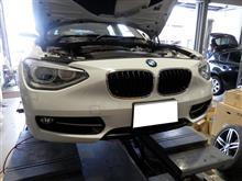 BMW F20 ヘッドライトバルブ交換