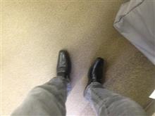 【履き替え】靴がダメになったので捨てて履き替えたら【ミャンマー製】