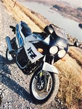 (*゚▽゚*) あゝ憧れの中型バイク♪