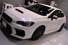 日本が世界に誇る2L、4WDの最高峰マシン、スバルWRXSTIのガラスコーティング【リボルト秋田】