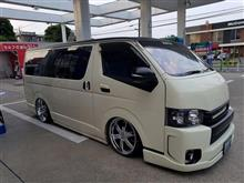トヨタ ハイエース×ブラックライノ ポンドーラ