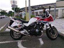 大型二輪に乗ろう(バイクのライダーは品行方正か、‥(^。^)y-.。o○)