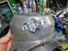 KH400のダイナモカバーを溶接修理