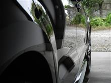 ディーラーのサービス洗車を断り洗車 ・・・o(▼_▼θ