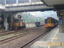 世界の車窓まで 猫村の駅を通過する列車 / 台湾