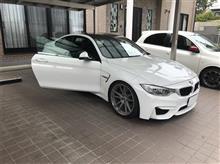 BMW M4を乗ってみる(代車)