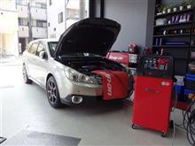 初の規定量ピッタリ車両。愛車のエアコンを徹底管理「スナップオン/エアコンサービスステーション施工」