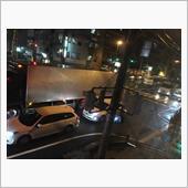 梅雨末期の大雨で大渋滞