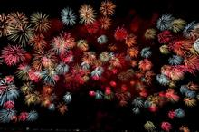 今夜は「船越の花火」を見に行くので