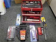 車載用工具箱を充実させました。