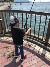 またもや釣りのために家族サービス 海はいいねー!!