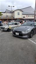 日産GT-Rが2台展示、オーバーフェンダーが好きです。
