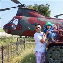 60式装甲車、V-107A タンデムローター式ヘリコプター