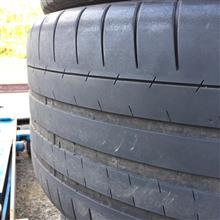 スリック気味のタイヤも無事交換