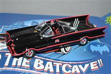 1/35、海洋堂ムービーリボ  TV版バットマン、バットモービル、