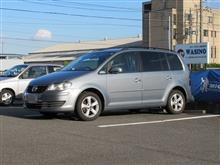 TEXAエアコンクリーニング..VW トゥーラン エアコンガスチャージ  暑さを乗り切る