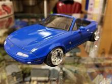 思い出の青いオープンカーのプラモデルをヤフオクで入手しました