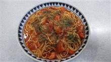 今宵はトマトスパゲッティをメインに