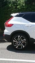 XC40 with roof spoiler♪