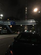 曇り空のスカイツリーと水道橋「中華そば勝本」