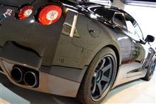 『それはそれは、凄まじい状態でした。』日産GT-Rのガラスコーティング【リボルト札幌】