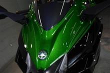 世界を驚かせたモンスターマシン!カワサキ・ニンジャH2・SXのバイクコーティング【リボルト湘南】