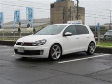 メンテナンスは大事...VW ゴルフⅥ GTI エンジンオイル交換 FUCHSエンジンオイル