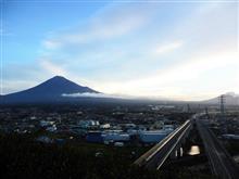 """富士山が綺麗な季節になりました(台風一過からはじまり…また台風来るってよっ(-""""-))"""