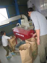 稲刈りと籾摺り&お米の配達&農機具の掃除等が終わって・・。