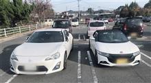 同じスポーツカーでも(´∀`)