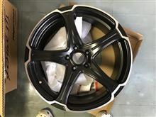 今日のホイール DOALL Fenice TT1(ドゥオール フェニーチェ TT1) -トヨタ エスティマ用-