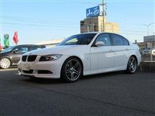 黒い悪魔にさようなら...BMW E90 320 ブレーキパッド+ローター交換 リヤ側