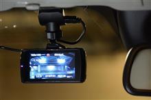 後輩S君とデータシステムの2カメドラレコを取付たら想像以上にキレイで簡単だった話【PR】