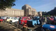 神宮外苑クラシックカーパレード2018を見学