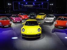 ポルシェ、第8世代の新型「911」(992型)世界初公開