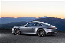 正式発表 992型911