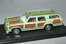 グリーンライト1/43 ホリデーロード4000キロ ワゴンクイーン