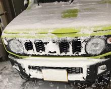 スズキ・新型「ジムニー/ジムニー・シエラ」で雪道を走る際は注意!特にLEDヘッドライト装備車はウォッシャーに気を付けろ!