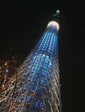 東京スカイツリーのライトアップと鉄ちゃん用の自販機