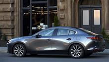[ロサンゼルス自動車ショー]新型マツダ3は「ユーノス500」の再来??