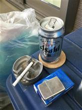 今日のビール1本目。目覚めたのが遅いと1日が早いね。ヤフオクの荷物送って晩ご飯の買い物済ませたので、ちと早いけど(笑)