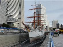 陸に上がった帆船日本丸 しょの2