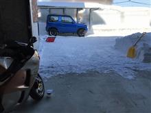 雪かきとDT125Rのバッテリー充電