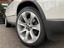BMW:X5(E53)にオプション20インチ! FIT都筑店です(*'▽')