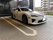 LFA白オイル交換とTMSC(トヨタモータースポーツクラブ)に行って来ました。