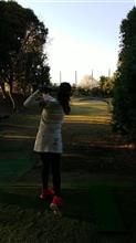 久々、美脚ゴルファーとの対戦‼