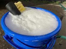 朝から泡泡洗車!