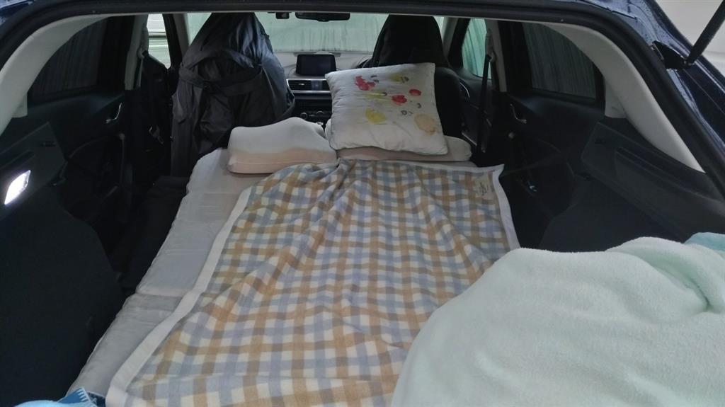 ジェイド 車 中泊