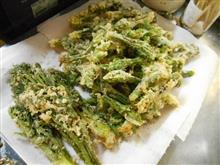 朝もはよから、「天ぷら」揚げてみました。
